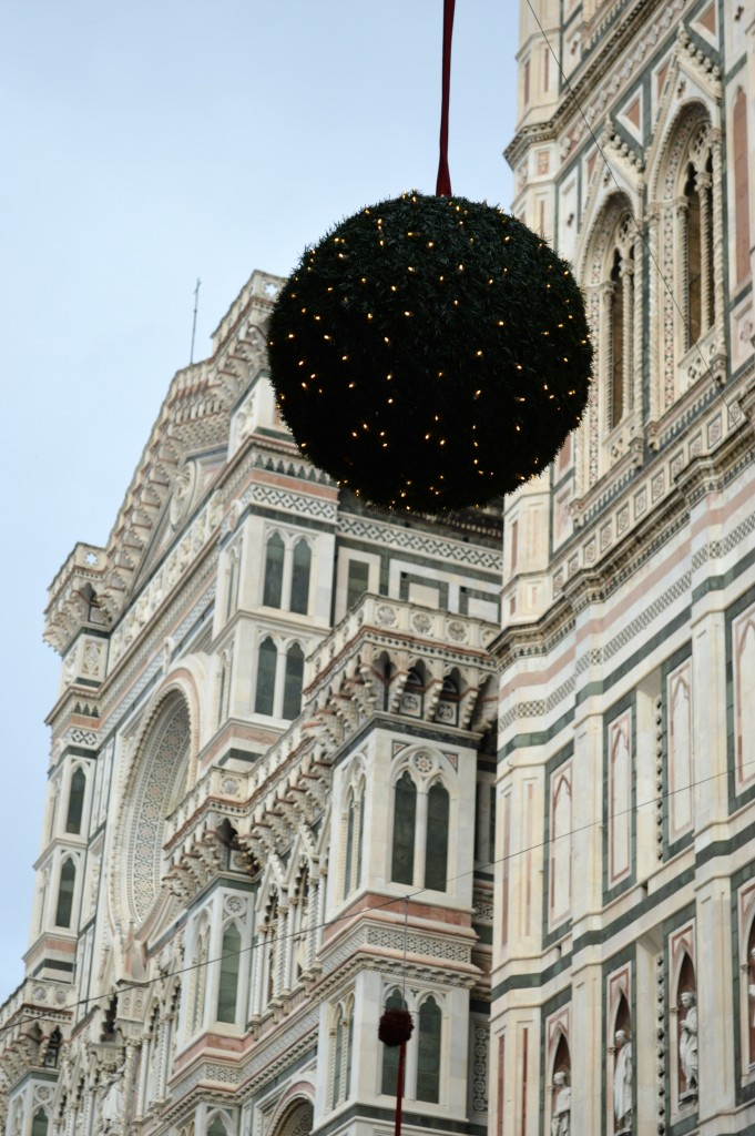 Christmas decorations florence cathedral