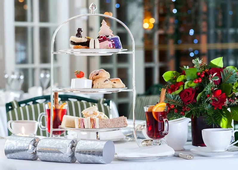 Good christmas afternoon teas in London