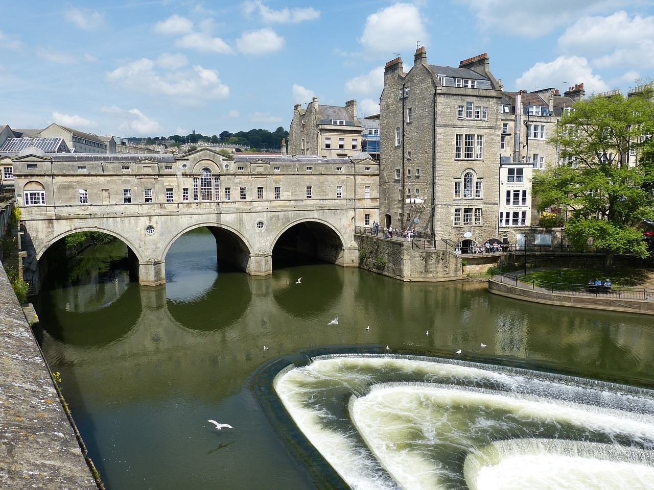 Good day trips from London. Go to Bath or one of these other interesting cities for a lovely day trip from London.