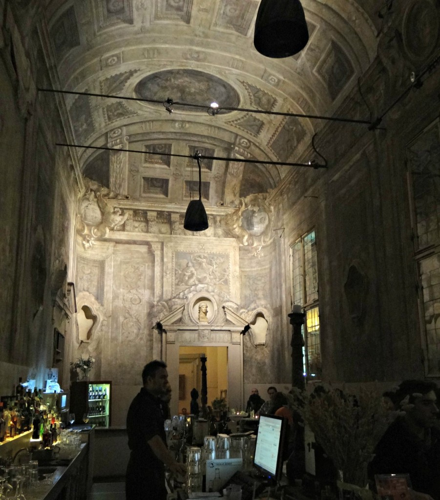 Le Stanze in Bologna, aperitivo in bologna, things to do in Bologna