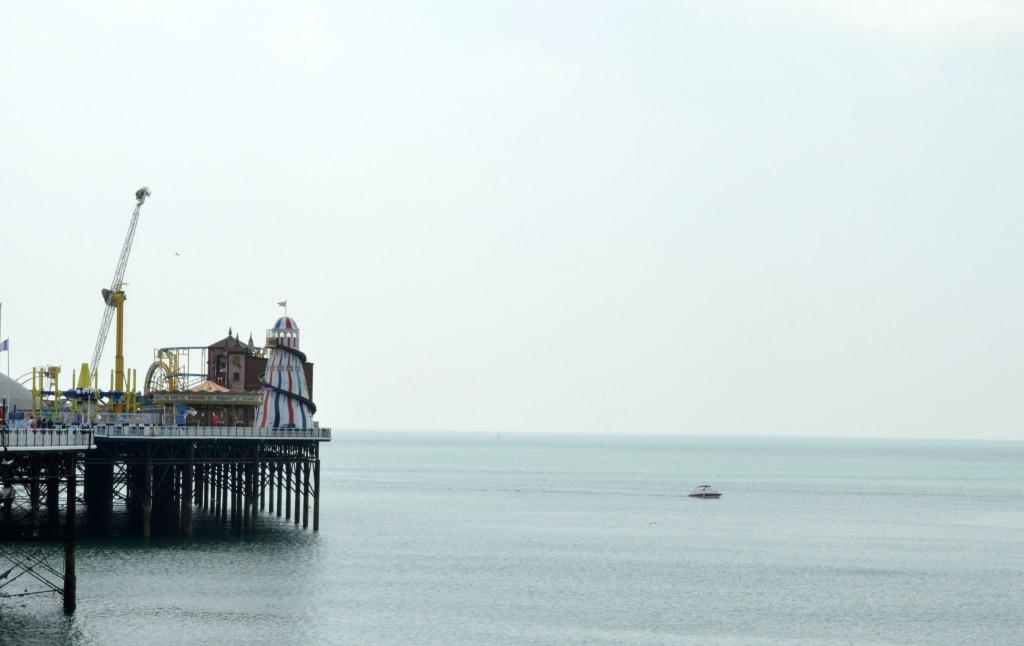 brighton pier sea