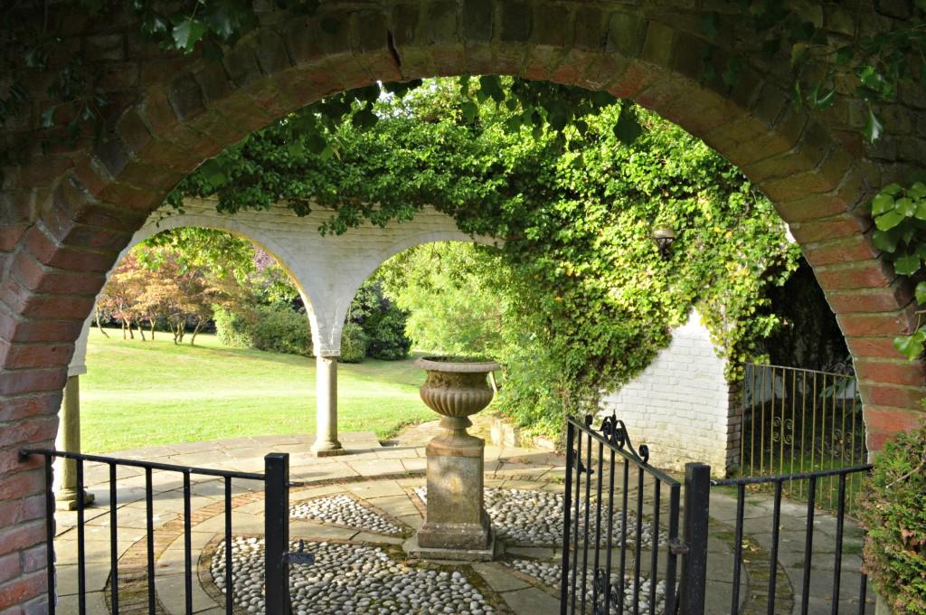 ghyll manor garden