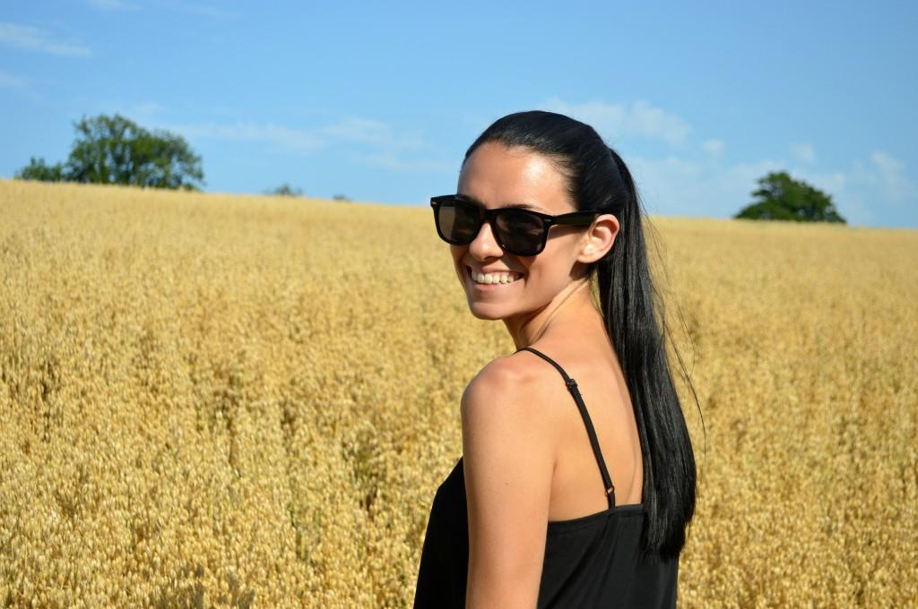 jess dante fields yellow
