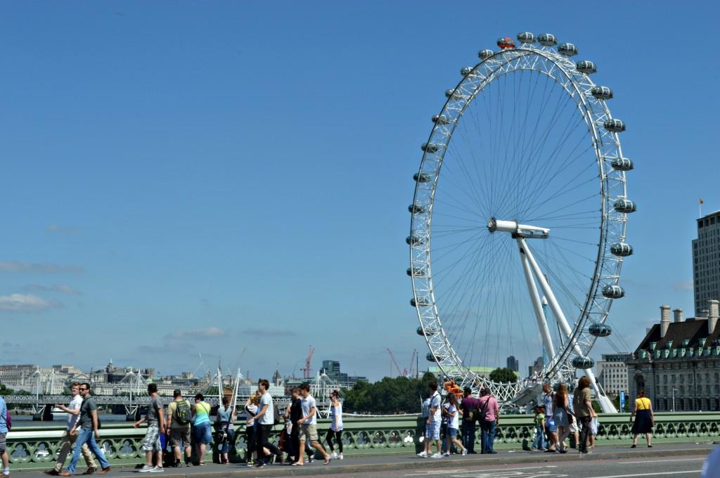 london eye bridge