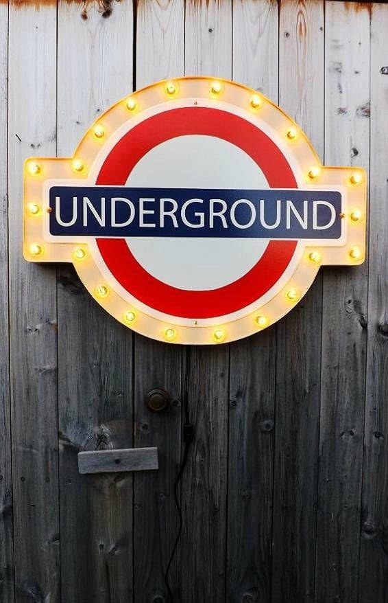 10 Adorable Things on Etsy Every London Lover Should Get