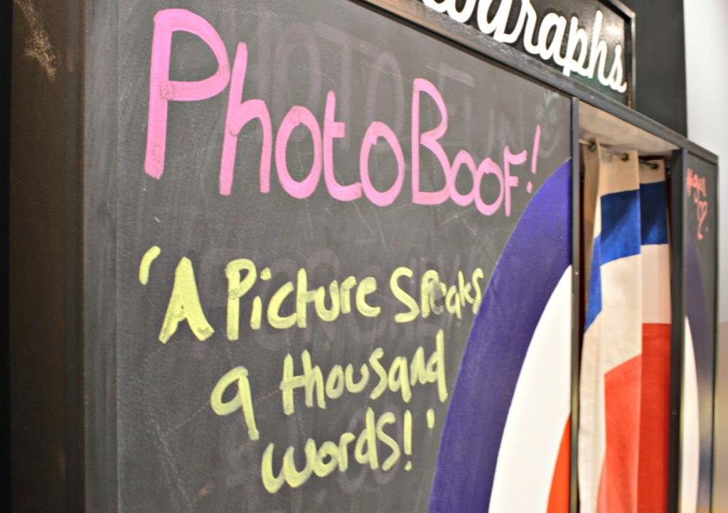 photo booth generator hostel london