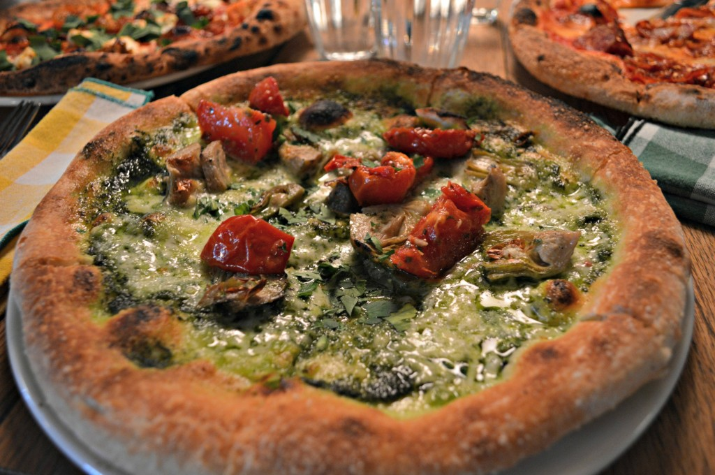 pizza in london, where to get good food in London, Pizza East in London