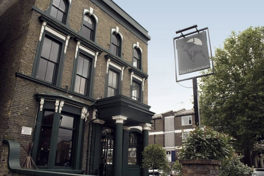 The Hemingway near Victoria Park in East London feels a bit like being in someone's home, and they have beautiful lights strewn across the dining and drinking area which add to a cosy atmosphere as the sun sets. Sunday Roast here is fantastic!