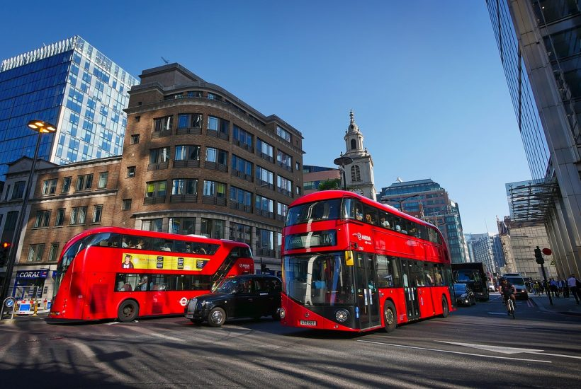 Follow an itinerary for three days in london