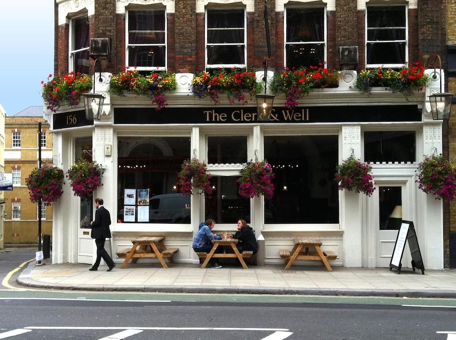 If the idea of staying above a pub makes you cringe, then shift your idea of pub stays. Remember that first of all, pubs close at 11 in the UK, so noise won't be a problem, and actually there are tons of pub stays in London that are affordable and also highly rated on review sites like Booking.com. The Clerk & Well's room are absolutely STUNNING, resembling what you'd find in a luxury hotel, and you really can't be the location. Plus, the pub is one of the best in the area, so you can head downstairs whenever you want to have a pint or to try their Pan-Asian dishes in the dining room. I used to have a client in this area and would go here often for lunch or a pint!