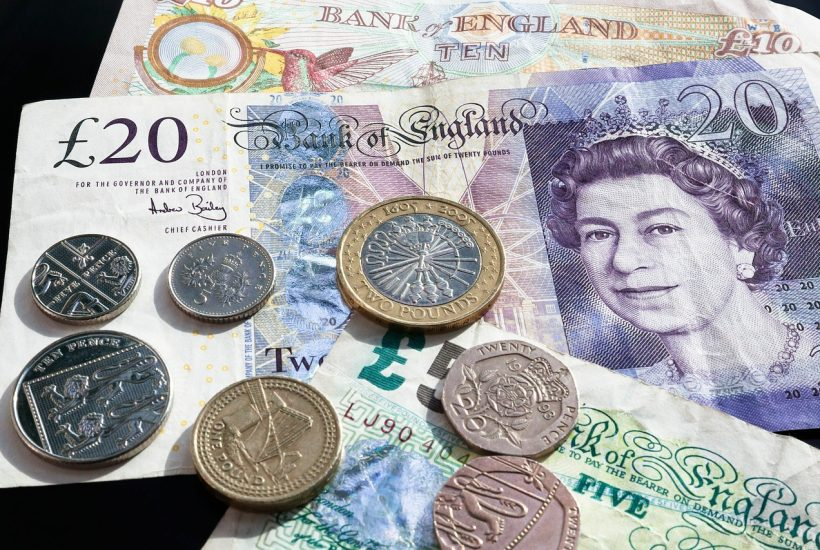 When do you tip in London? A London tipping guide