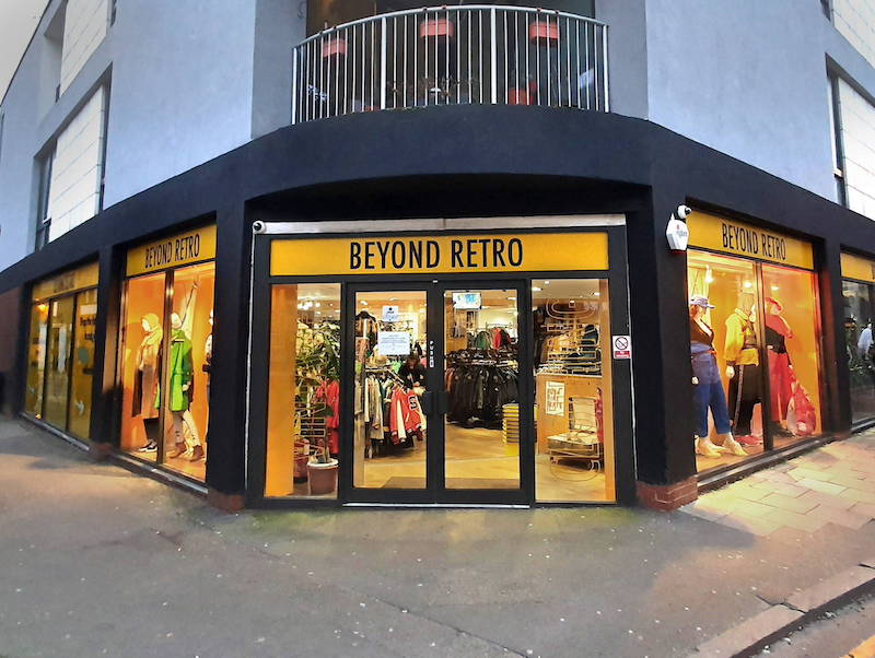 Beyond Retro started with a shop in Shoreditch and now has locations in Dalston and Soho as well. The stores are huge, so there's a good selection of pieces in various styles and sizes. Everything is very organised and easy to see, which is helpful after you've been at the vintage shopping for a few hours already (we've all been there.) Beyond Retro also produces its own clothing made from upcycled materials, of which I have a few of their pieces. They even have a huge selection of leather jackets made from upcycled leather.