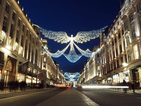 Where to See Christmas Lights in London